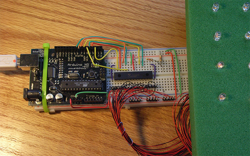 Arduino with 16-port 5940 driver: Driving a 4x4 test matrix of LEDs using the Texas Instruments 5940 with Arduino.